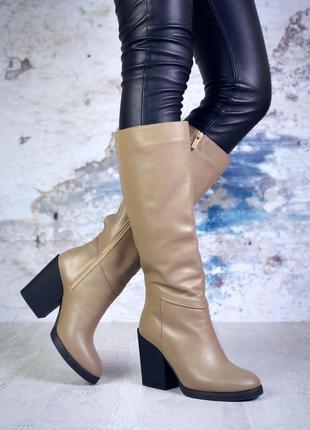 Натуральная кожа. люксовые осенние кожаные сапоги на каблуке