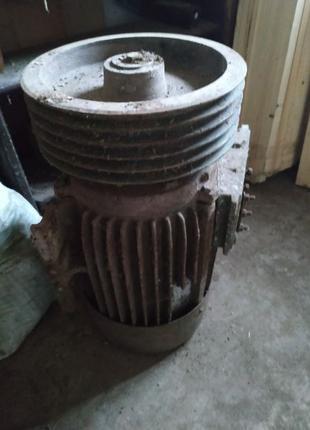 Электродвигатель 18.5 кВт МО 160 М-4