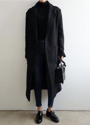 Шерстяное пальто прямого силуэта с накладными карманами