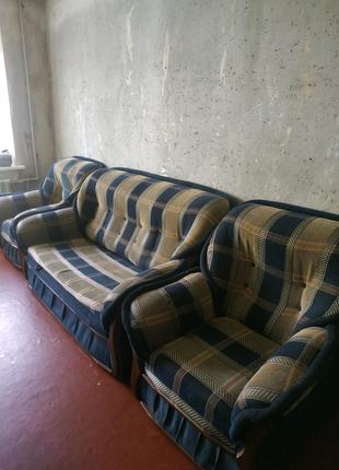 Диван раскладной и два кресла