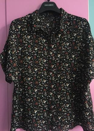 Модная блуза рубашка свободного покроя в цветочный принт