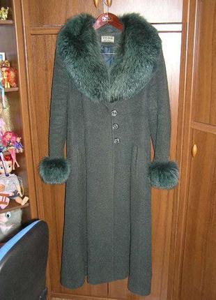 ✅  дарю пальто без меха