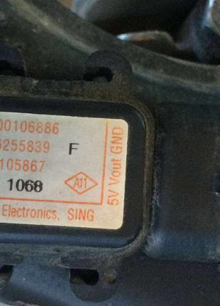 Б/у датчик абсолютного давления, MAP Renault , 7700106886,