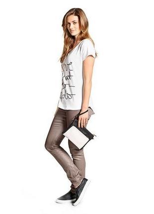 Летние джинсы слимы с серебристым отблеском, tcm, tchibo, герм...