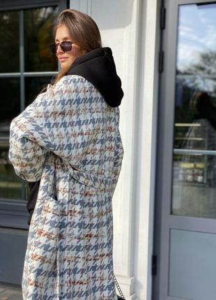 Тёплое пальто на подкладке