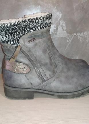 Женские зимние ботинки 41 розмір