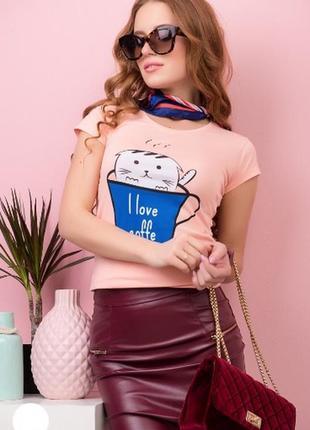 Футболка женская с котиком в чашке разные цвета