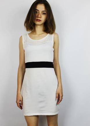 Акция легкое белое изящное мини платье  по фигуре finego