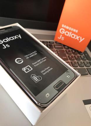Samsung J5 8gb