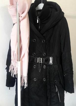 Длинный зимний пуховик черного цвета, зимний пуховик с поясом,...