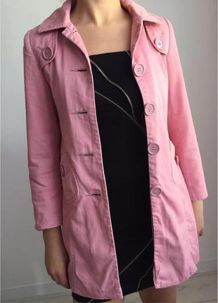 Пальто світло рожевого кольору, пальто женское.