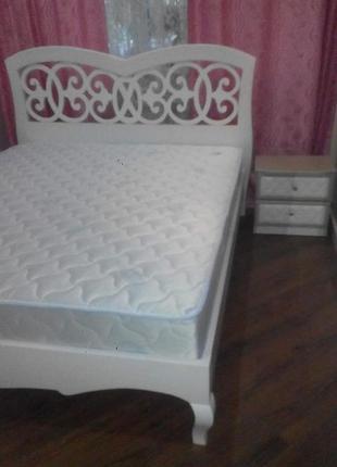 кровать двуспальная , из масива, деревяная