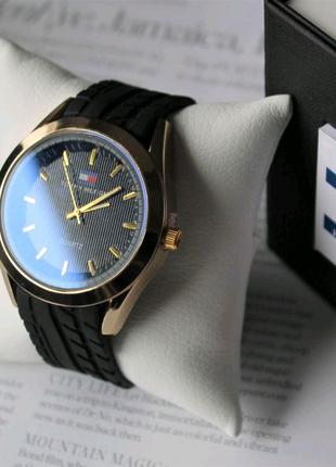 Часы с силиконовым ремешком Tommy Hilfiger black