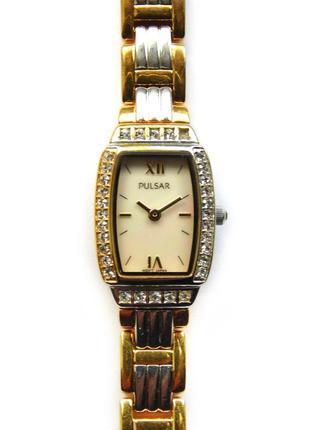 Pulsar перламутровые часы от seiko с камнями оригинал винтаж wr