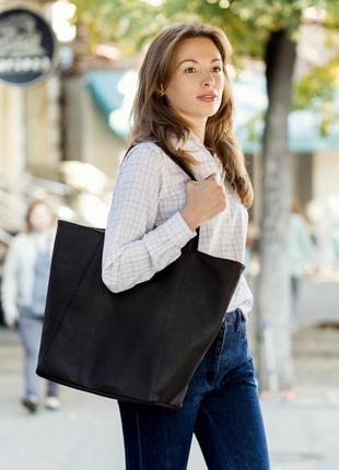 Большая мягкая сумка шоппер с косметичкой, черного цвета