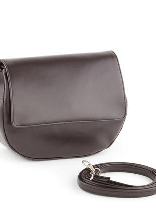 Маленькая сумочка на плечо коричневого цвета