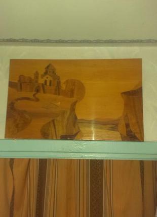 Картина *Замок на скале* из шпона драгоценных пород дерева