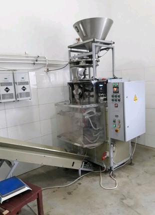 Автомат упаковочний, з об'ємним дозатором