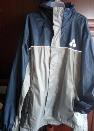 Куртка дождевик ветровка спортивная с капюшоном (бег, вело, ту...