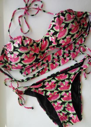 Купальный лиф бандо бикини с рюшами и плавки бикини на завязка...