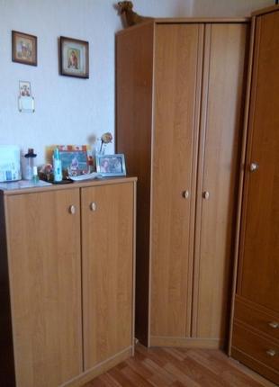 Угловой шкаф, пенал, комод и пр.