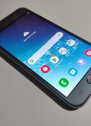 Телефон Samsung J3 J330 AMOLED 2/16 Gb