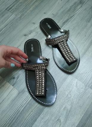 Стильные босоножки сандали вьетнамки шлепанци шлепки