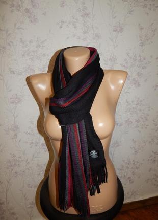 Актуальный вязаный теплый женский шарф.
