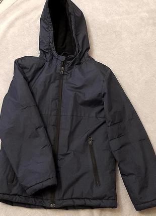 Теплая осенняя непромокаемая куртка на мальчика