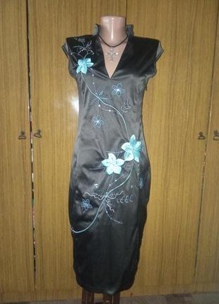Атласное платье в восточном стиле