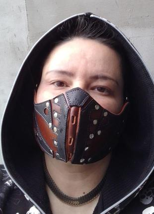 Кожаная маска. мото маска