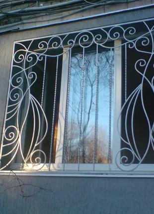 Решетки на окна.