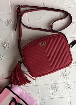 Красная сумка victoria's secret оригинал сумочка маленькая чер...