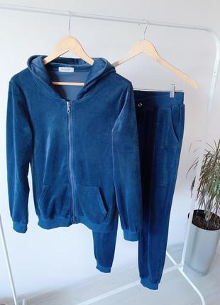 Велюровий синій спортивний костюм
