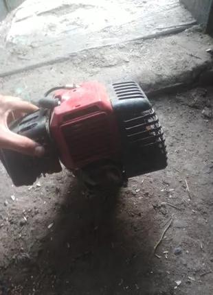 Двигатель от тримера 42.сс