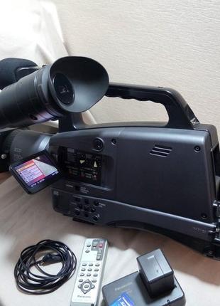 Видеокамера, камкордер Panasonic AG-HMC74