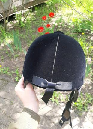Шлем для конного спорта