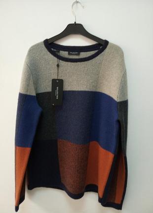 Теплый мужской шерстяной свитер