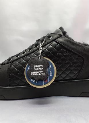 Скидка!зимние полуботинки под кроссовки на цигейке bertoni