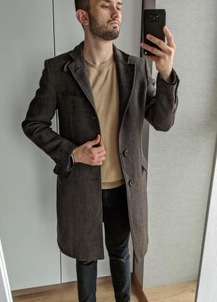 Мужское коричневое пальто zara