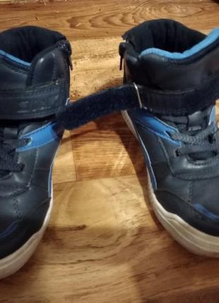 Детские демисезонные ботинки фирмы biki