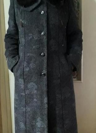 Пальто зима зимнее с мехом зимове меховый воротник
