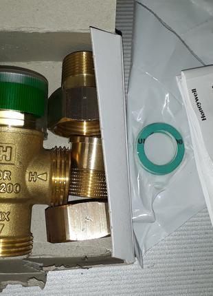 Клапан термостатический смесительный Honeywell TM200-3/4B