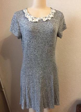 Женское серое короткое платье размер l