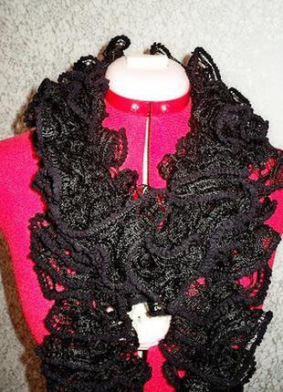 Шикарный черный воздушный шарф с воланами