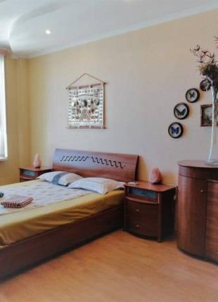 2-х комнатная квартира с ремонтом, по Люстдорфской дороге