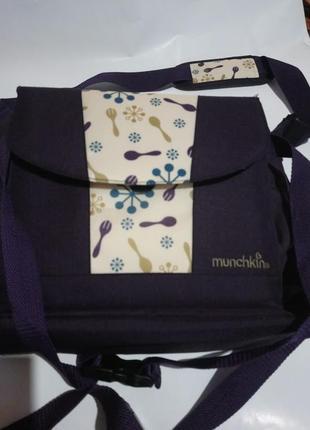 Дорожная сумка для кормления с сидением. от 12 месяцев . munchkin