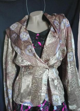 Жакет-блуза баска с атласным переливом,очень красивая./ aport/