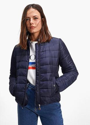 Куртка женская  stradivarius
