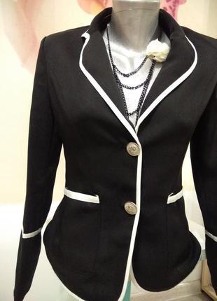Пиджак в деловом стиле. жакет классический.